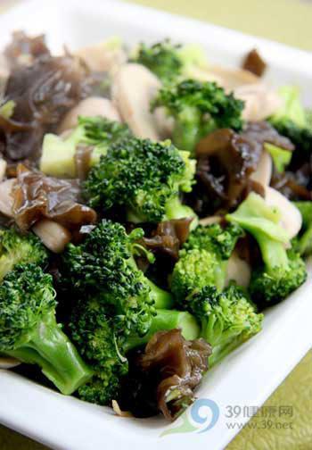维生素会与啥食物矛盾